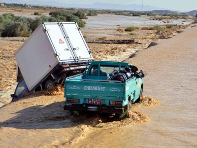 Селевой поток снес мост в Египте, есть жертвы