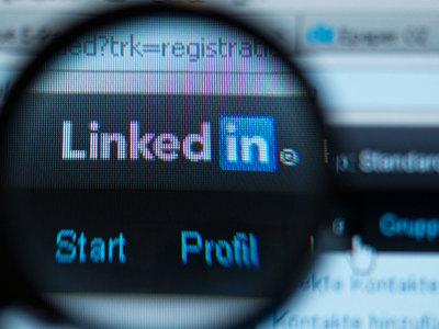 Заблокированная в России соцсеть LinkedIn зарегистрировалась в ФНС