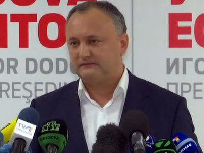 Додон инициировал референдум по расширению президентских полномочий