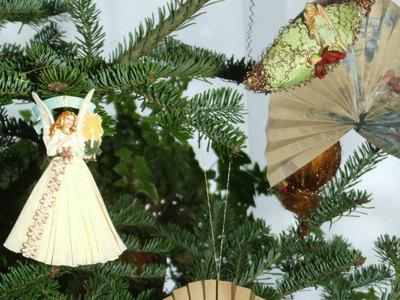 Москвичи смогут сдать новогодние елки на переработку