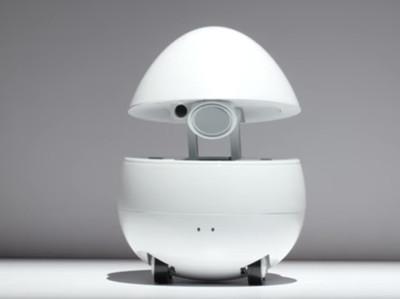 Робот-яйцо со встроенным проектором готов быть компаньоном и учителем