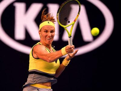 Светлана Кузнецова с победы начала теннисный Australian Open