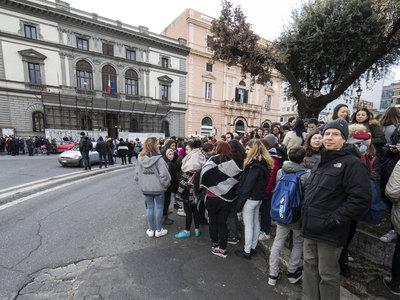 Землетрясение: ЕС не бросит Италию