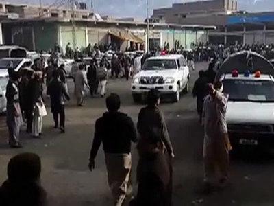 Число жертв взрыва на рынке в Пакистане возросло до 25