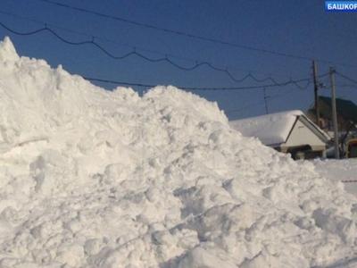 11-летний мальчик погиб в вырытом им снежном тоннеле