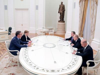 Путин встретился с премьер-министром Сербии Вучичем