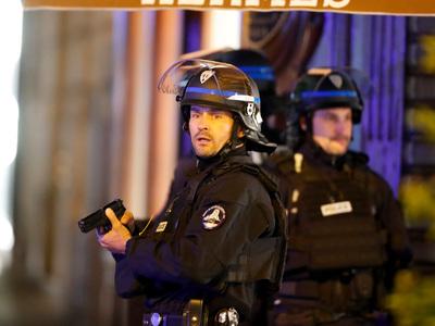 Во французском Реюньоне исламист открыл стрельбу по полицейским