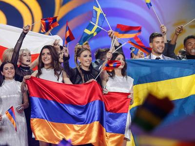 """Швейцария арестовала 15 миллионов евро залога Украины под """"Евровидение"""""""