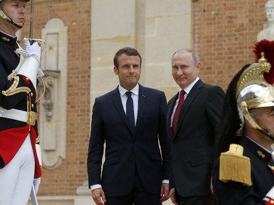 Франция хочет взаимодействовать с Россией по Сирии и вне коалиции