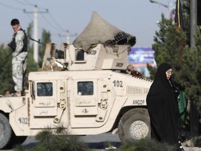 Число жертв теракта в Афганистане растет