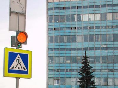В Москве установят импульсные светофоры с изменяемой яркостью