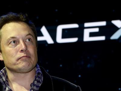 Илон Маск вновь предупредил об опасности искусственного интеллекта