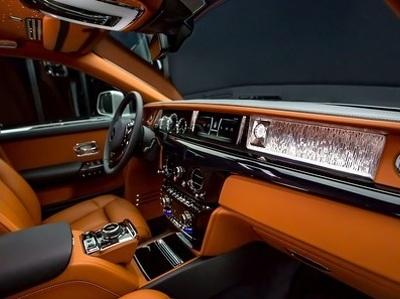 Новейший Rolls-Royce Phantom: первые фото