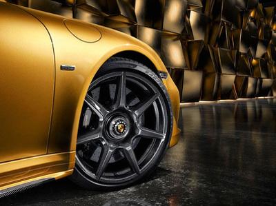 Porsche предложит колесные диски из карбона