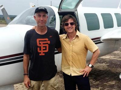 """Тома Круза обвинили в гибели пилотов на съемках фильма """"Сделано в Америке"""""""