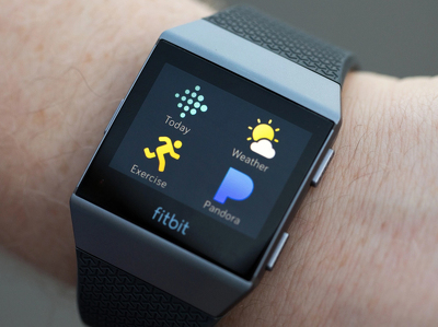 Фитнес-часы Fitbit Ionic выйдут 1 октября. Цены
