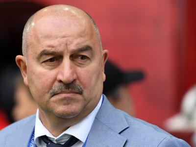 Станислав Черчесов вернул в сборную Кокорина и отцепил Дзюбу