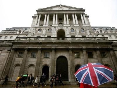 Банки Британии должны найти 4 млрд фунтов к 2022 г.