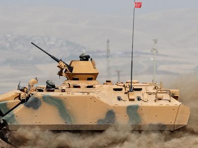 Из Турции в сирийский Идлиб прибыли военные и тяжелая техника