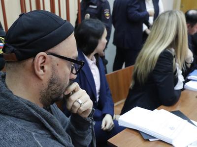 Серебренников встретит Новый год под домашним арестом