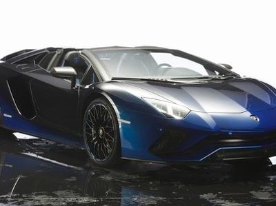 """Lamborghini построила  для японцев пять """"стихийных""""  родстеров Aventador"""