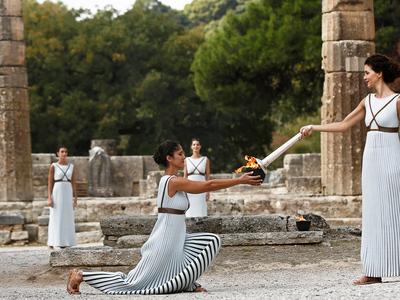 В Древней Олимпии зажжен огонь зимних Игр-2018