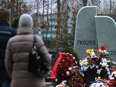 В Петербурге и Шарм-эль-Шейхе вспоминают погибших над Синаем