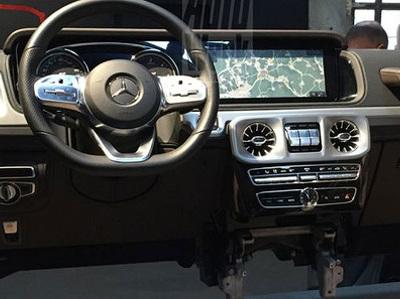 Рассекречен интерьер нового Mercedes-Benz G-CLass