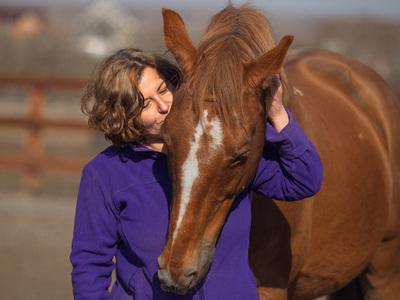 Главное - свобода: ученые нашли доказательства эмоциональной связи человека и лошади
