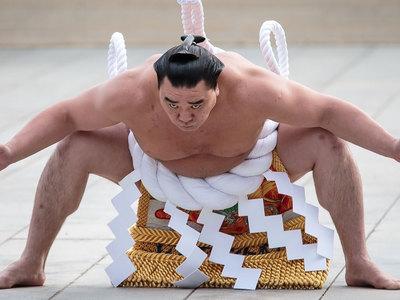 На избившего коллегу сумоиста завели уголовное дело
