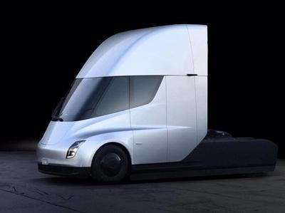 Производитель газировки заказал сотню супертягачей Tesla