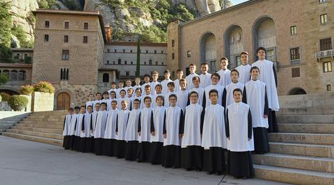 Хор мальчиков монастыря Монсеррат выступит на Рождественском фестивале в Доме музыки