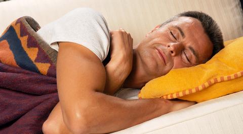 Мужчина забрался в чужую квартиру, чтобы поспать, а обрел новую любовь