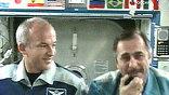Командир экипажа, которому еще полгода быть там, на орбите, так расчувствовался, что пригласил посетить ее и Владимира Путина