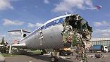 В руководстве выставочного центра заявили, что авиалайнер находился в аварийном состоянии, а вывести его с территории ВВЦ - невозможно