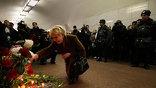 """Утром 29 марта в час пик на станциях Сокольнической линии Московского метрополитена """"Лубянка"""" и """"Парк культуры"""" прогремели два взрыва. Жертвами терактов стали 39 человек, 95 пострадали (фото - AP)"""