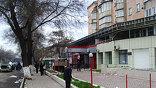"""Все медицинские учреждения города Бишкека работают в усиленном режиме, пострадавших размещают даже в отделениях родильных домов. Остро ощущается нехватка донорской крови (фото - """"Мобильный репортёр"""")"""
