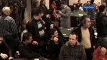 Только в момент проведения спецоперации в покер, блэк-джек и рулетку в подпольных залах играло около 400 посетителей