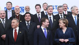 Лидеры Германии и Франции уже заявили: кризис доверия в ОБСЕ преодолен, отношения пора выводить на новый уровень.