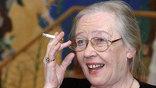 В последние годы актриса много болела, хотя эпизодически появлялась на сцене родного Художественного театра. Нам останутся ее роли, снятые на пленку: женственные героини с небесно-голубыми глазами. И пример достойной жизни.
