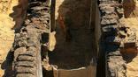 Скромные размеры гробницы свидетельствуют об экономическом упадке того периода