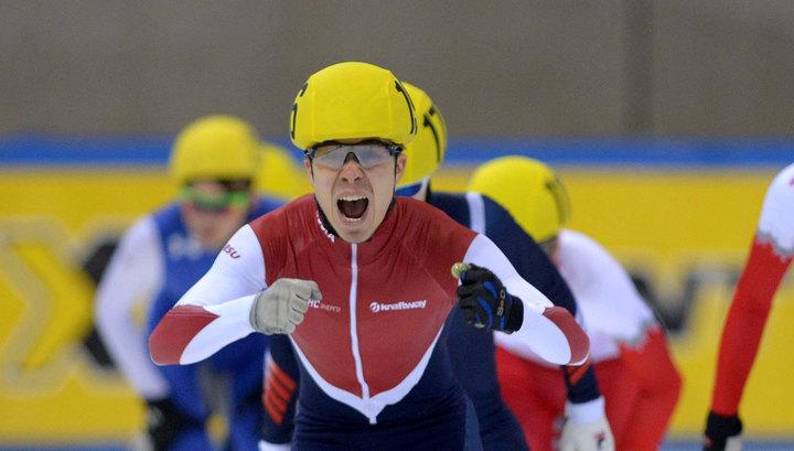 Пять россиян вышли в полуфинал чемпионата Европы по шорт-треку