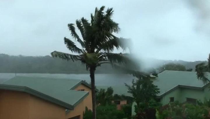 """Циклон """"Гита"""" обрушился на Королевство Тонга в Тихом океане, 70 % домов разрушено"""
