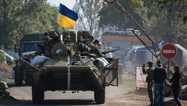Наблюдатели миссии ОБСЕ попали под обстрел в Донбассе