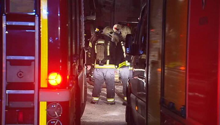 Пожарным удалось ликвидировать возгорание в доме на западе Москвы