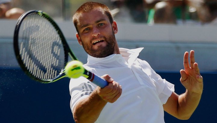 Теннисист Южный не смог пробиться во второй круг турнира в Стамбуле