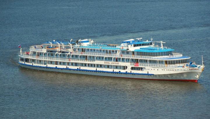 Волга обмелела: в ряд городов Татарстана отменен заход туристических судов