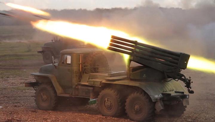 ВЧелябинской области скоростные системы залпового огня «Град» ʺнакрылиʺ огнём лагерь ʺтеррористовʺ