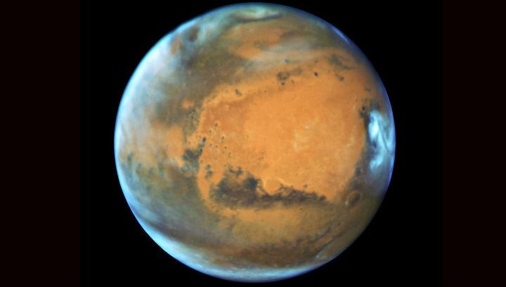 Темные полосы насклонах Марса указывают наподземные воды