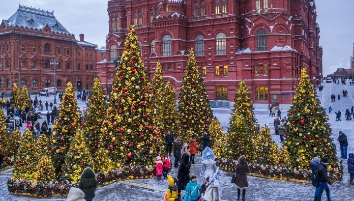 Иностранные туристы в Новый год потеснили нанимателей из регионов